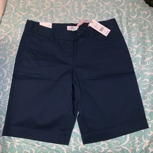 NWT navy Vineyard Vines shorts
